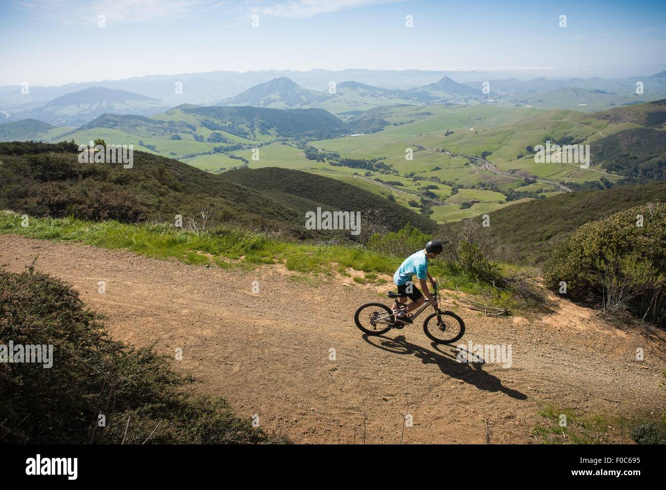 Cyclist mountain biking, San Luis Obispo, California, United States of America - Stock Image