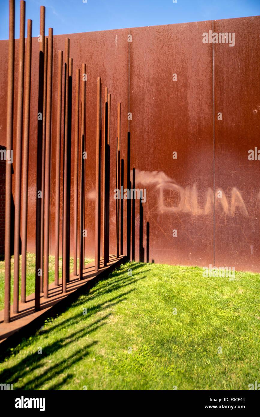 Metal pole railings, Berlin wall memorial, Germany - Stock Image