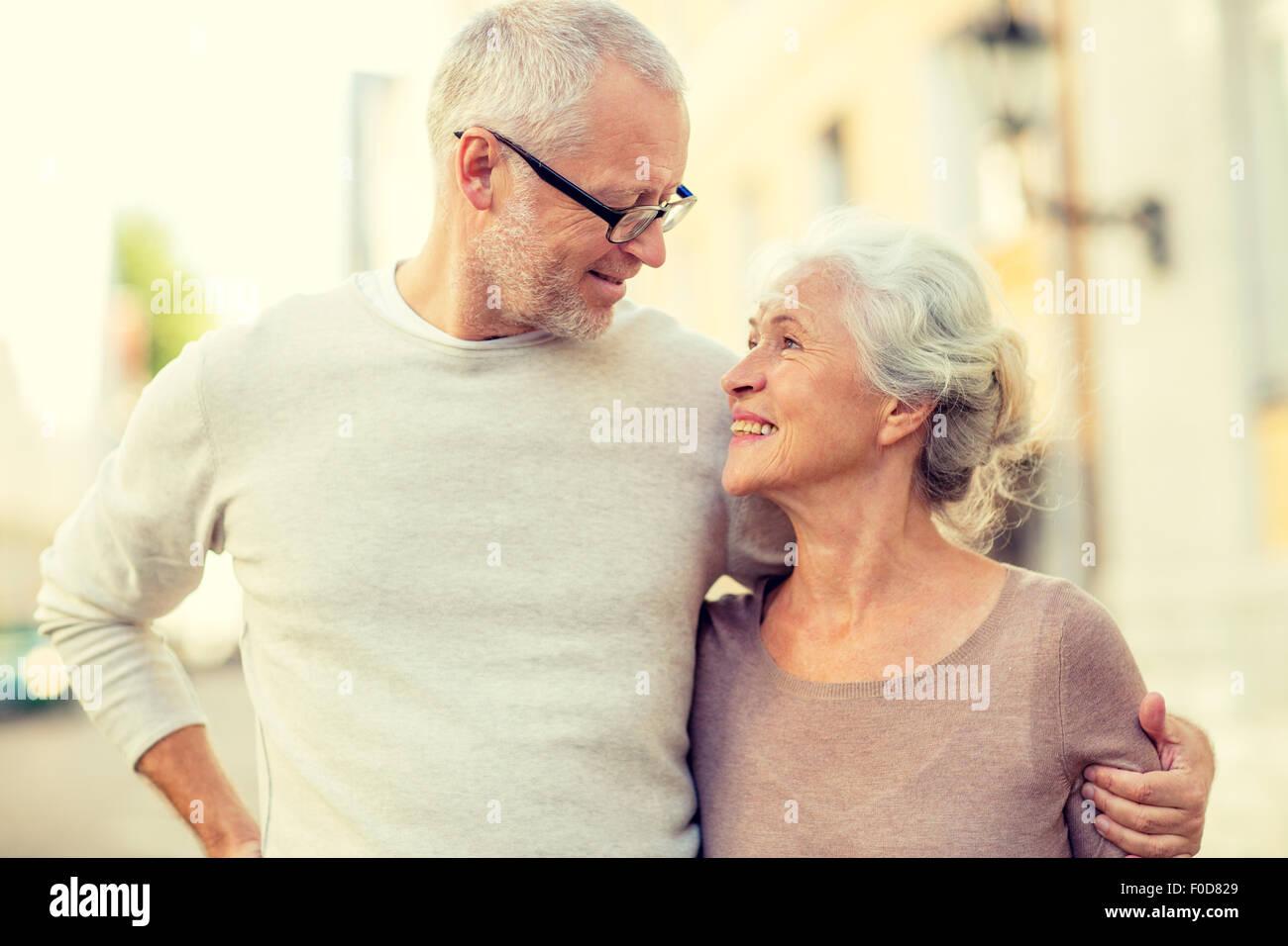 senior couple on city street - Stock Image