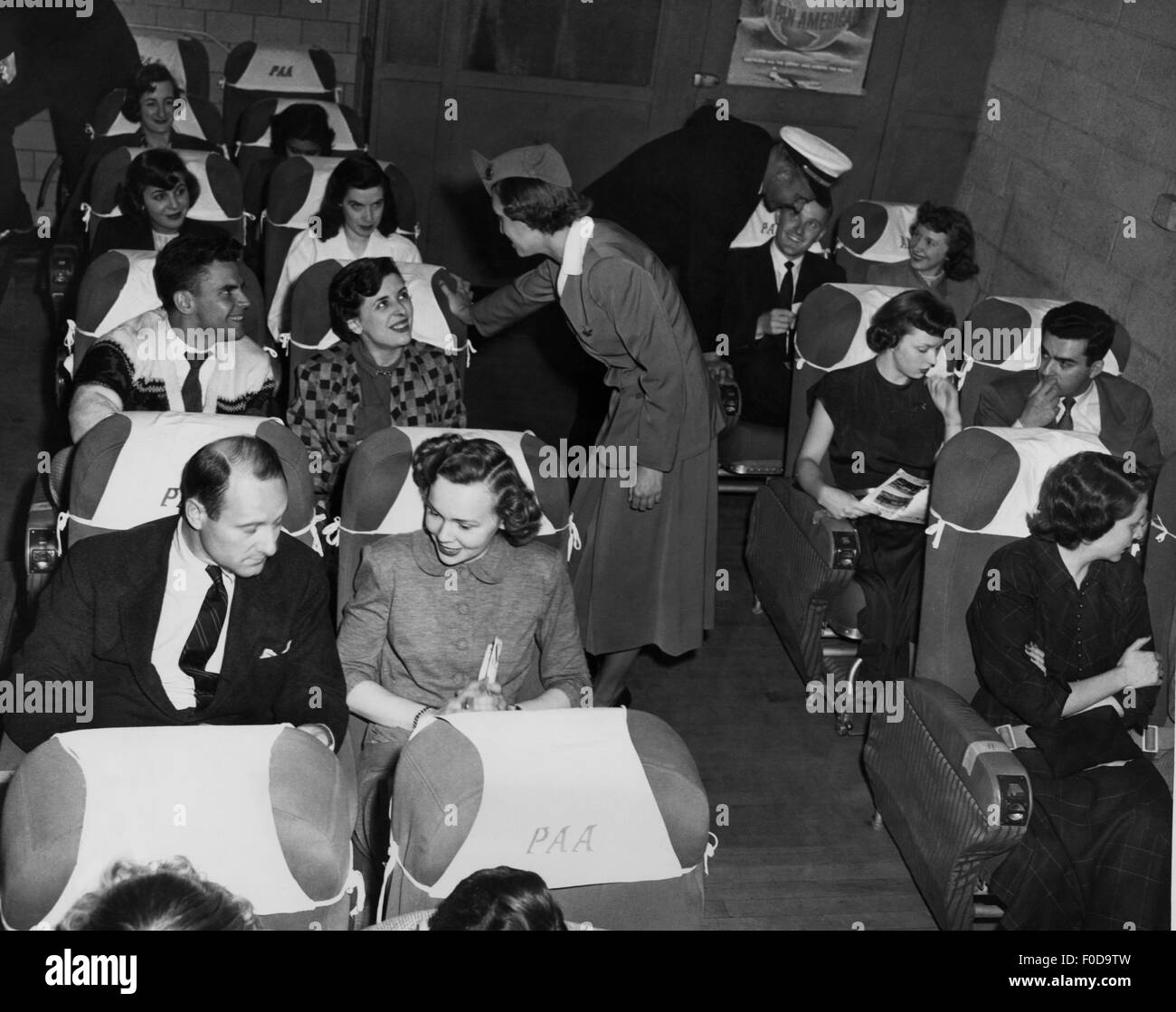 transport / transportation, aviation, staff, stewardess, stewardess of the PanAm during the training in training - Stock Image