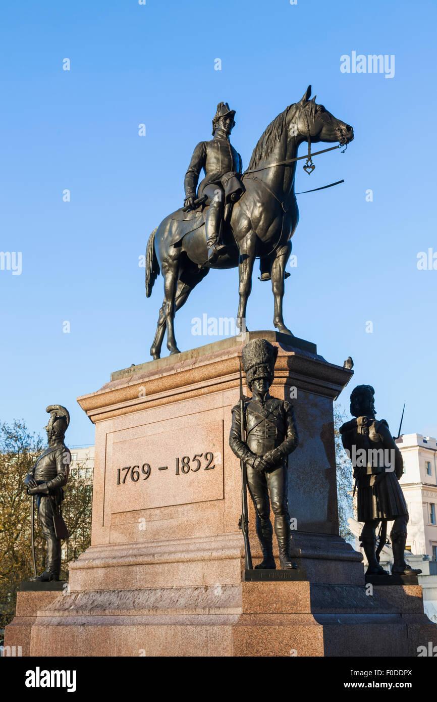 England, London, Westminster, Hyde Park Corner, Statue of The Duke of Wellington on Horseback - Stock Image