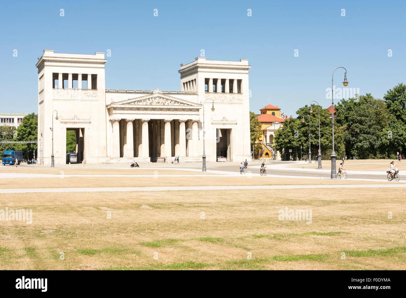 MUNICH, GERMANY - AUGUST 3: Tourits at the Koenigsplatz in Munich, Germany on August 3, 2015. - Stock Image