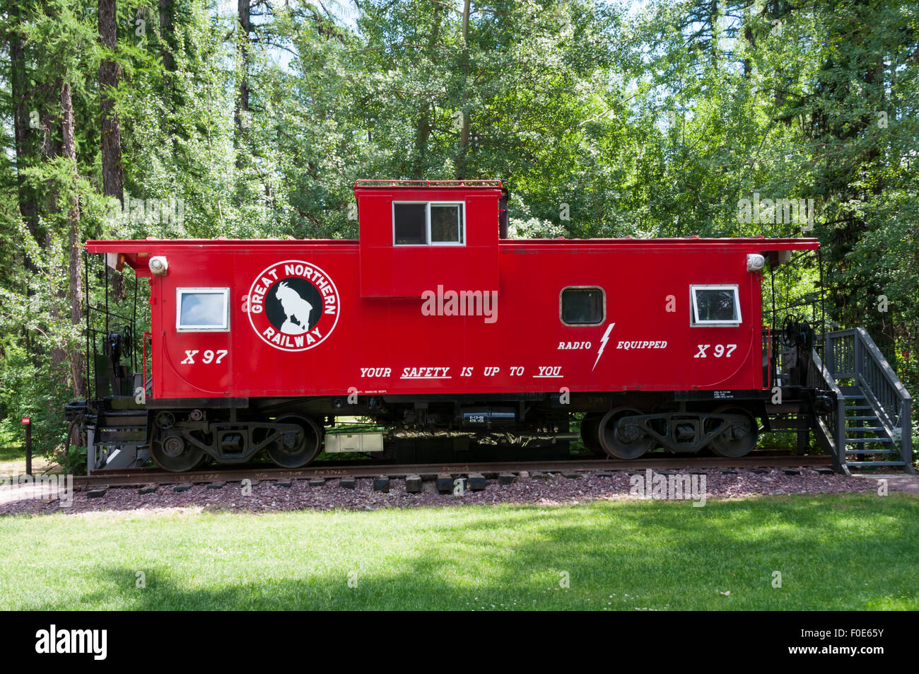 Caboose Lodging - restored old railway wagons used for accommodation at Izaak Walton Hotel near Glacier National - Stock Image