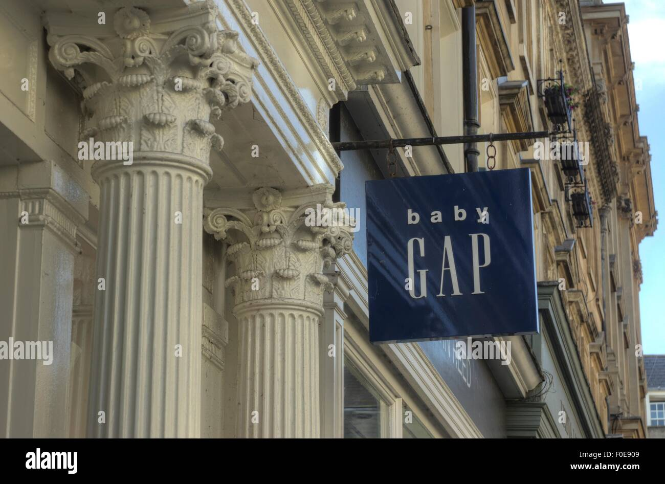 Baby Gap shop Bath England Stock Photo: 86366233 - Alamy