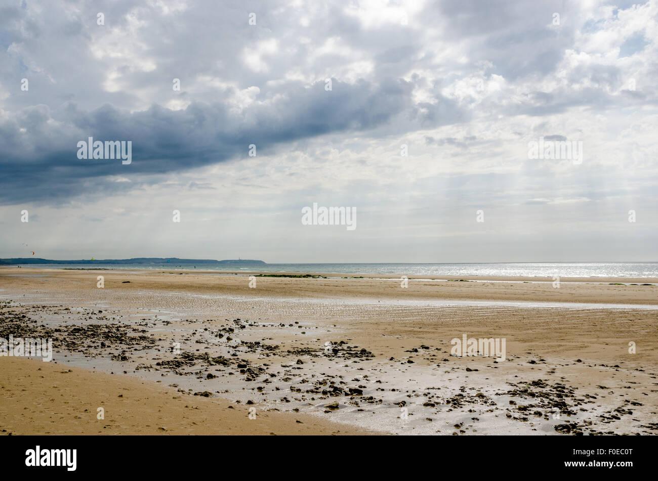 Beach on the 'Cote d'Opale' near Calais, Pas de Calais, France. Parc naturel régional des Caps - Stock Image