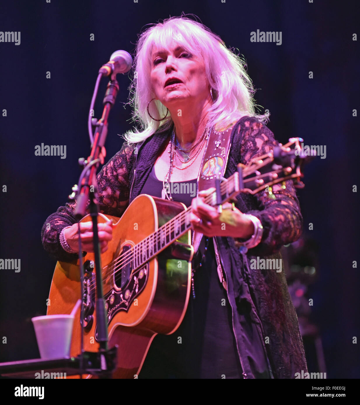Cropredy, Oxfordshire, UK. 13th Aug, 2015. Emmylou Harris & Rodney Crowell headling on Thursday at the Fairports - Stock Image