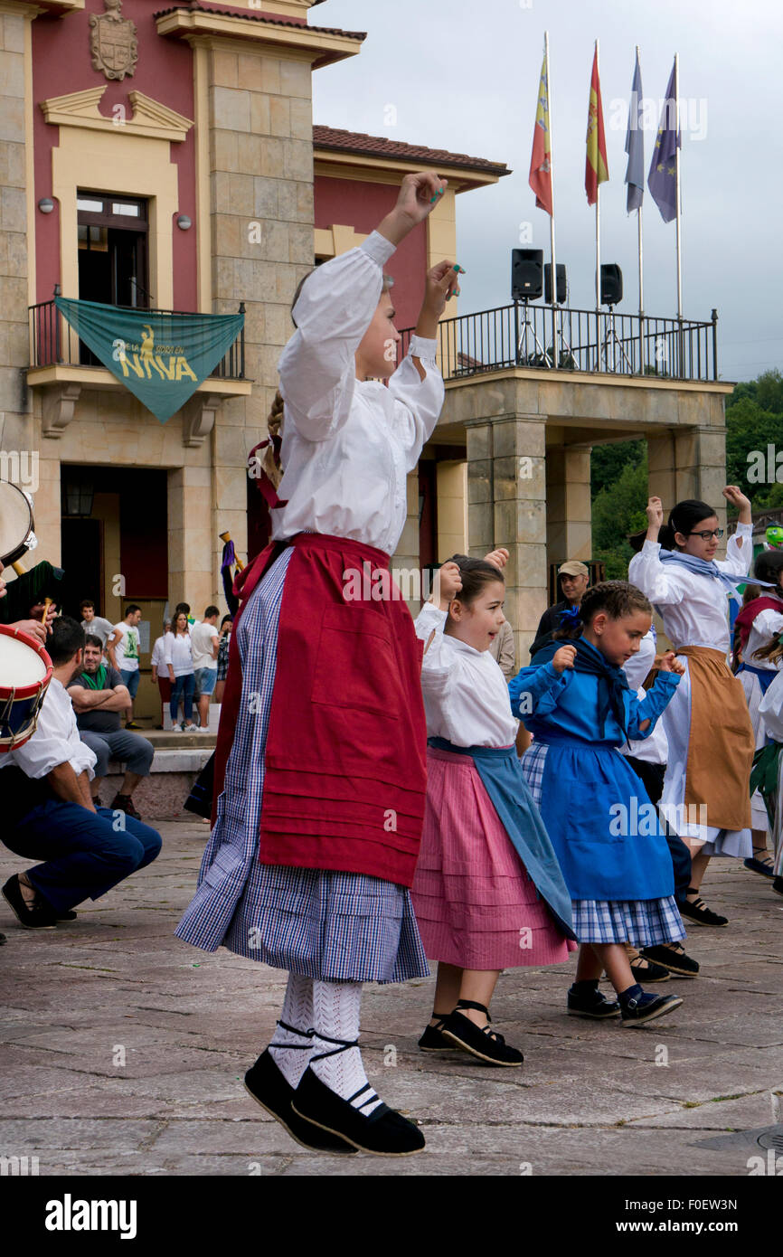 Traditional Costume and dancers at the Cider(Cidre) Festival in Nava,Asturias,Northern Spain - Stock Image