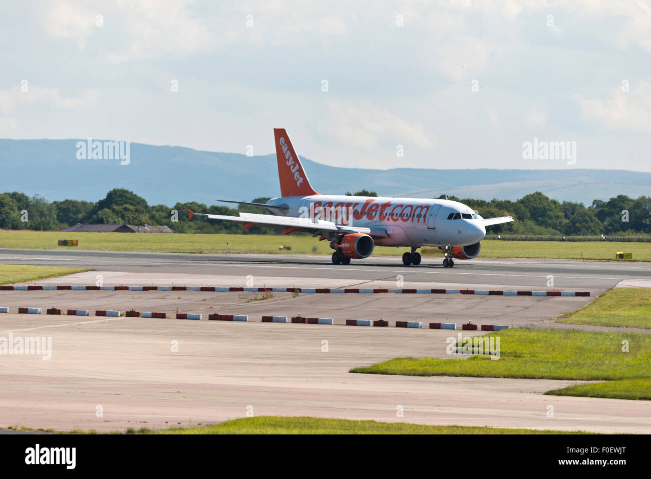 easyJet Airbus A320-200 Manchester Airport england uk arrivals - Stock Image
