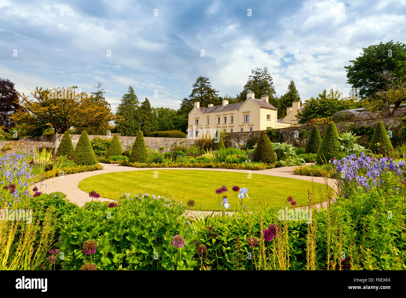 The house and upper walled garden at Aberglasney, Carmarthenshire, Wales, UK - Stock Image