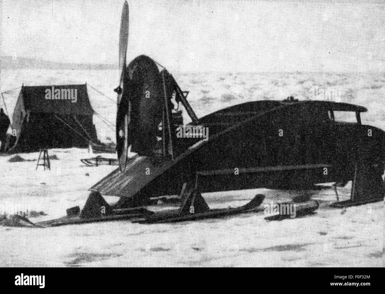 Wegener, Alfred Lothar, 1.11.1880 - November 1930, German geophysicist, meteorologist, his propeller-driven sledge, - Stock Image