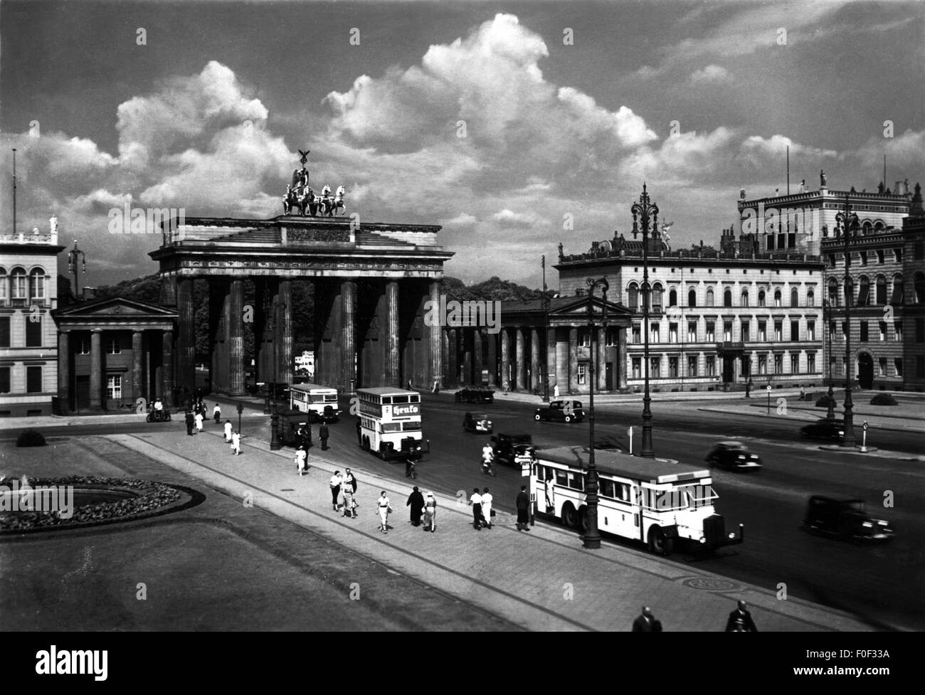 geography / travel, Germany, Berlin, square, Pariser Platz with Brandenburg Gate, late 1930s, 30s, 20th century, - Stock Image