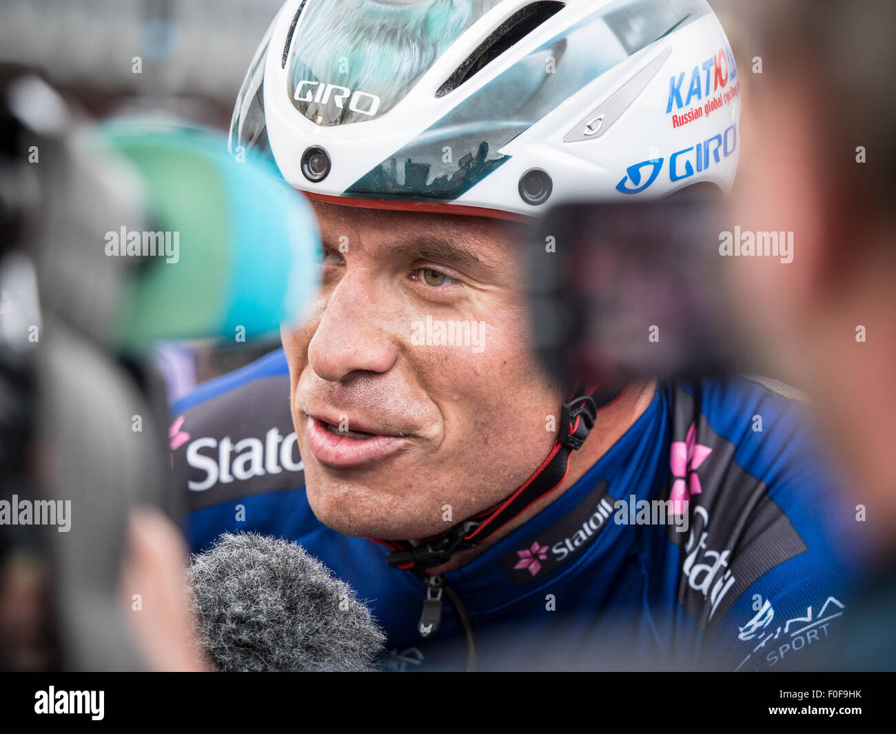 Setermoen, Norway. 14th August 2015. Alexander Kristoff from Norway cycling for Team Katusha is being interviewed - Stock Image