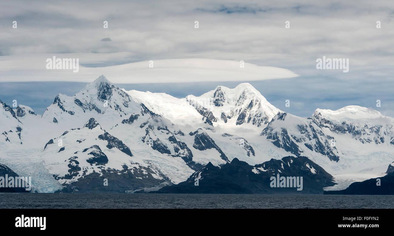 Mountains and coastline landscape South Georgia - Stock Image