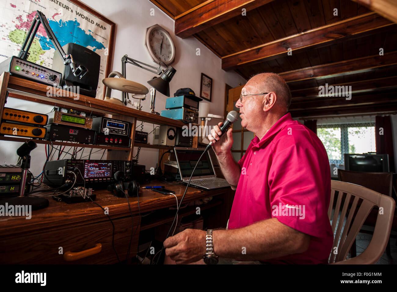 Amateur radio stations 4
