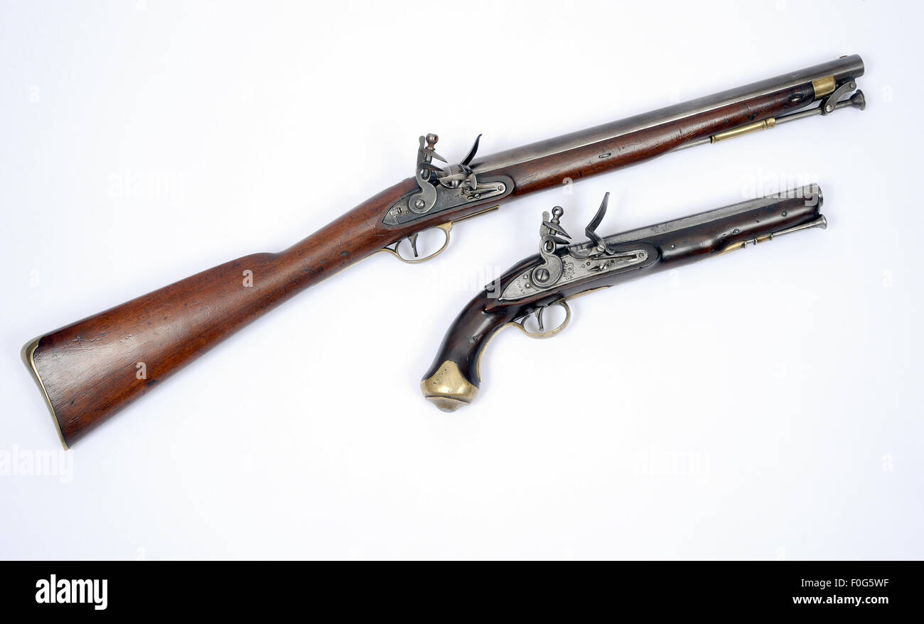 A very rare example of the 1808 Paget Cavalry flintlock carbine as used during the Georgian period and a flintlock - Stock Image