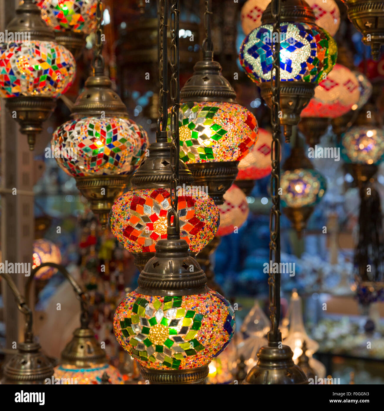 Brightly colored lamps for sale in a lamp shop in the Grand Bazaar, Istanbul, Turkey - Stock Image