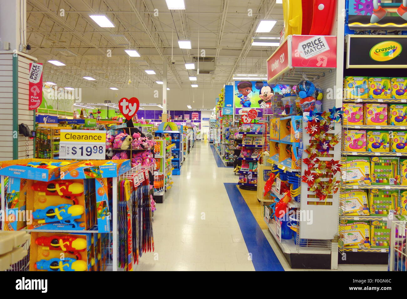 Toys R Us Store In Toronto Canada Stock Photo 86419716 Alamy
