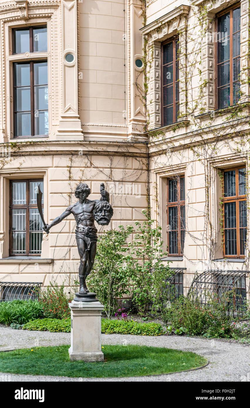David Sculpture holding the head of Goliath, Schwerin Palace, Schwerin, Mecklenburg Western Pomerania, Germany | - Stock Image