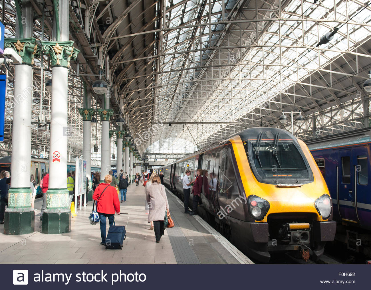 Manchester UK Crosscountry High Speed train at Piccadilly Station. - Stock Image