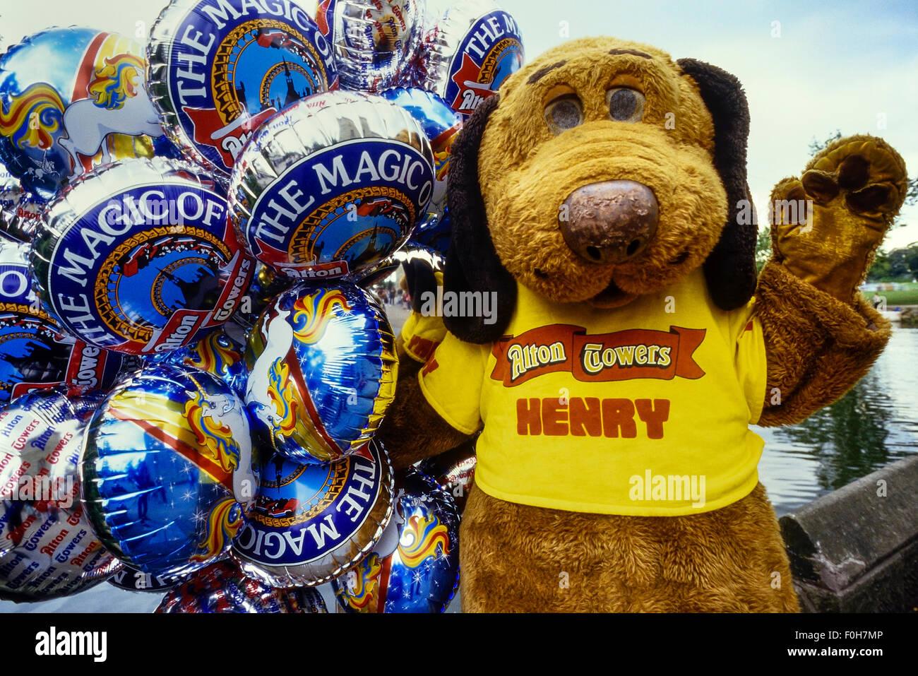 Henry Hound, the Alton Towers mascot. Staffordshire, England, UK. Circa 1980's Stock Photo