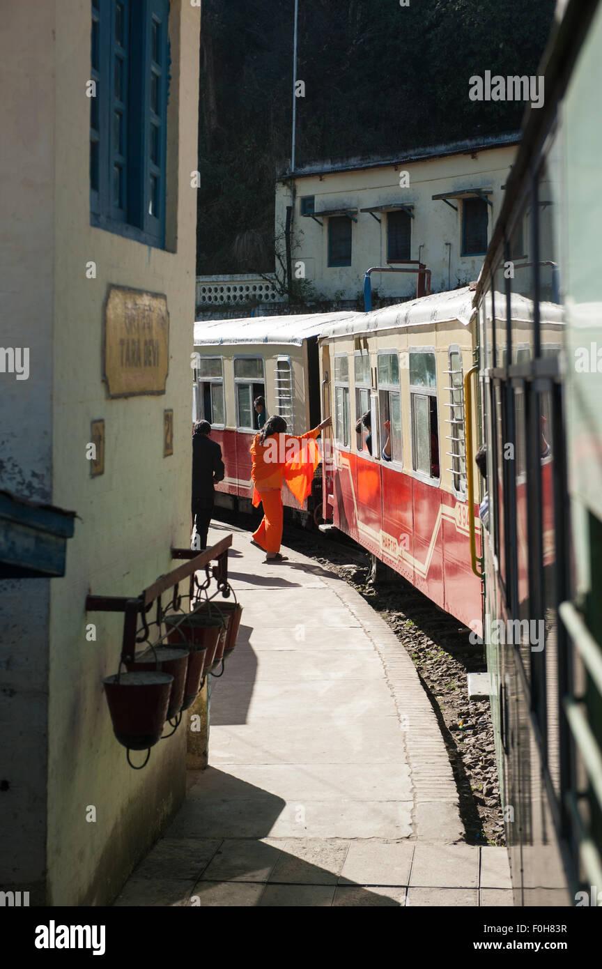 Shimla, Himachal Pradesh, India. The Himalayan Queen, the Toy Train from Shimla to Kalka - Stock Image