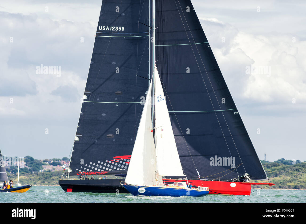 Cowes, Isle of Wight, UK, Sunday. 16  August 2015. The 46th edition of the Rolex Fastnet Race 2015 started at 12:00 - Stock Image