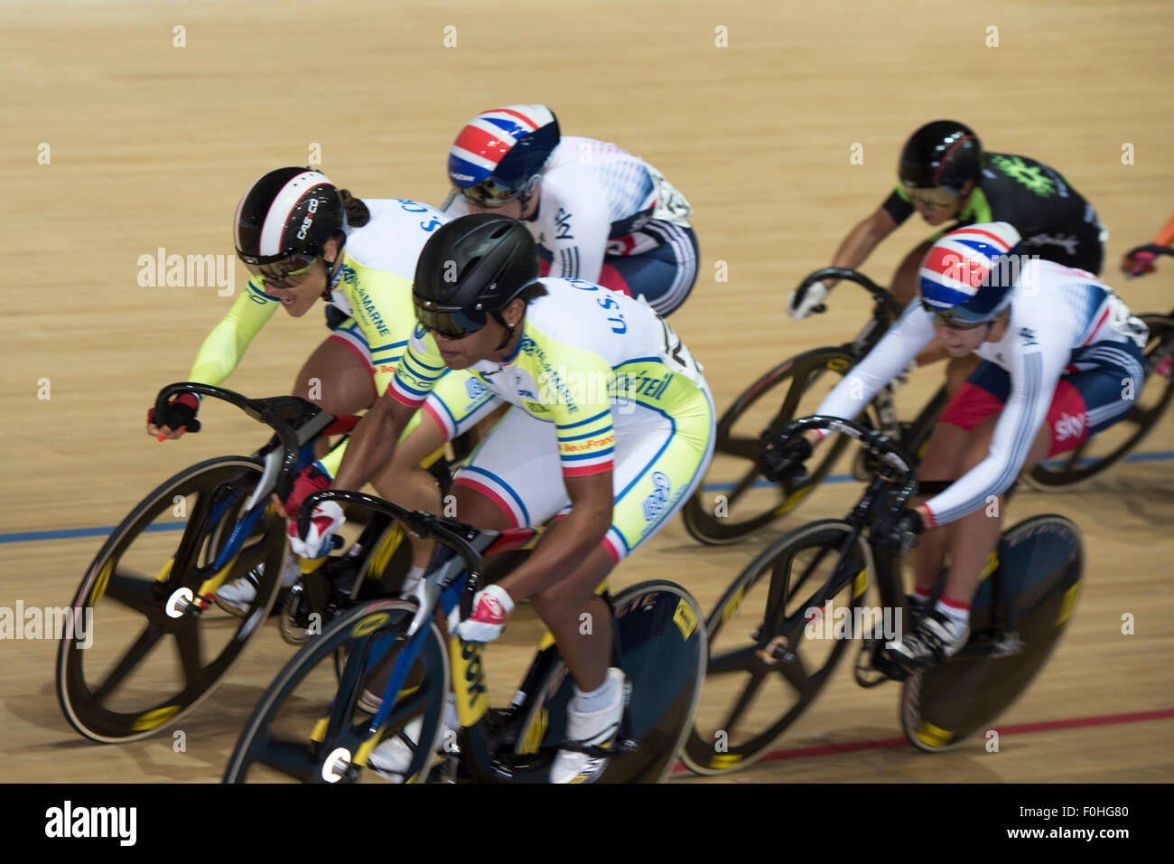Derby, UK. 16th Aug, 2015. French cyclists Sandie Clair and Olivia Montauban lead British riders Katy Marchant and - Stock Image