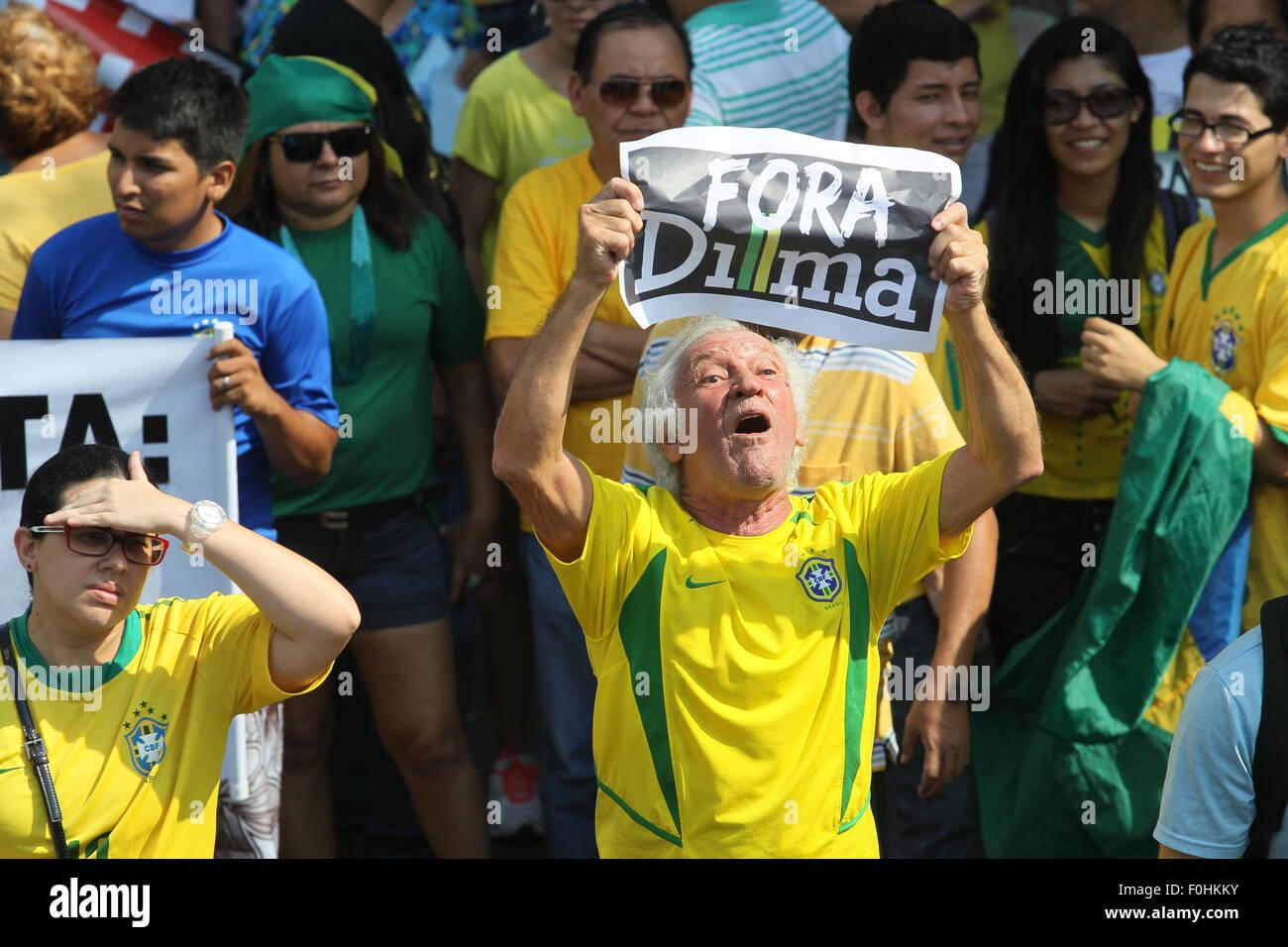 Manaus, Brazil. 16th August, 2015. Manifestação contra o governo da presidete Dilma Rousseff e o PT, realizado - Stock Image