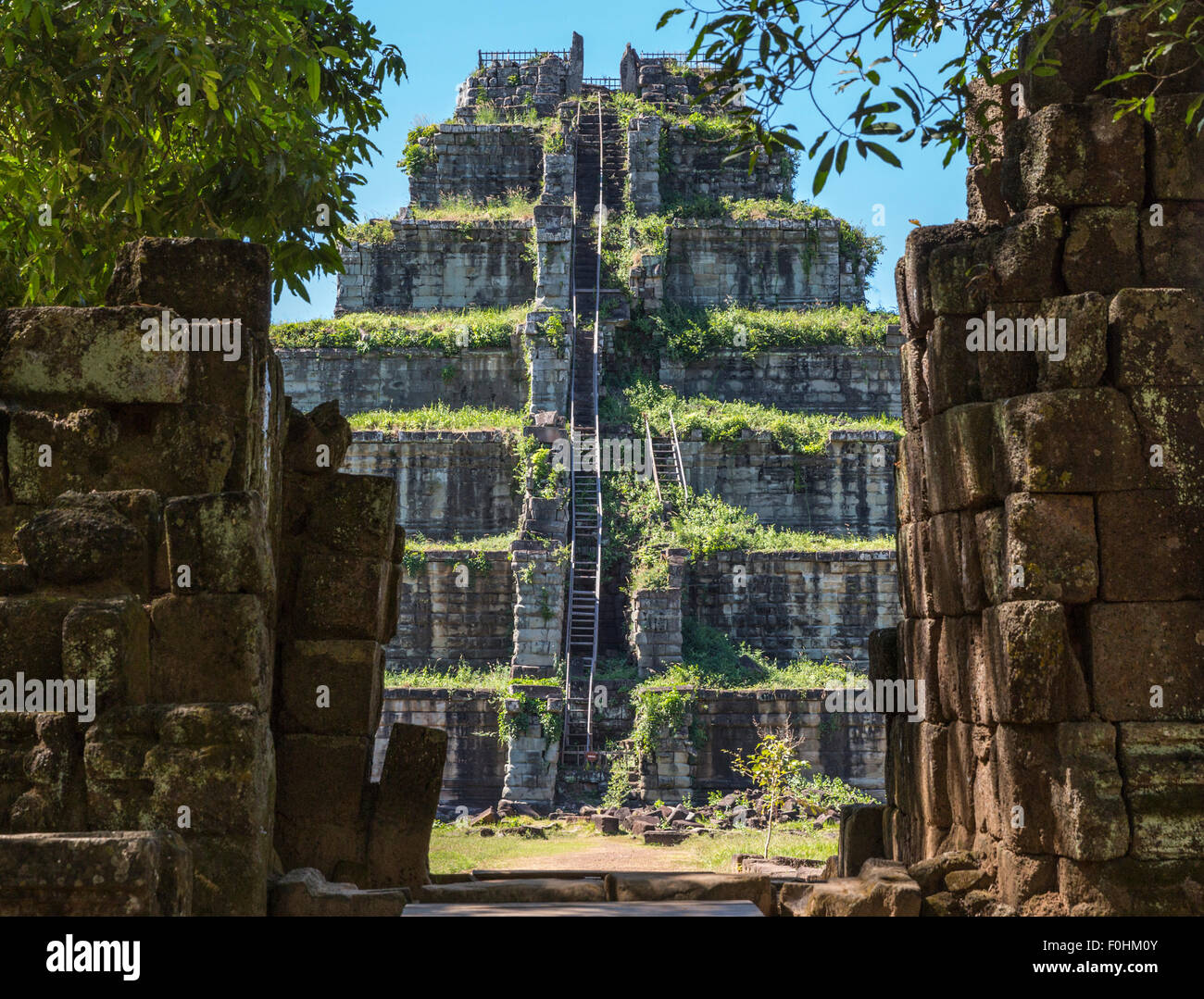 Seven-tiered ruin of the 10th century Khmer Prang pyramid in Koh Ker, Cambodia, which is 2.5 hours north of Siem - Stock Image