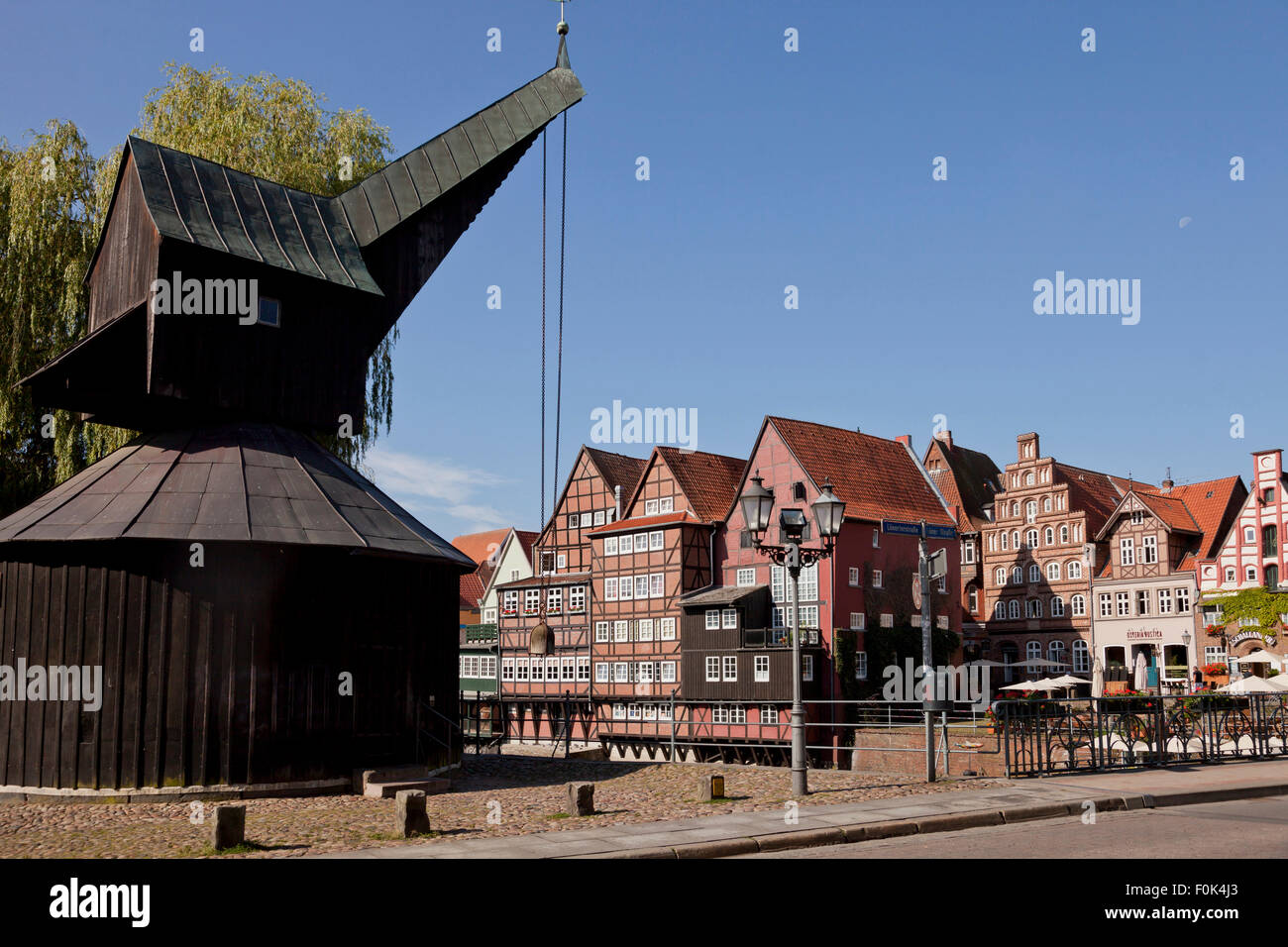 Stint Market and treadwheel crane, Hanseatic Town of Lüneburg, Lower Saxony, Germany - Stock Image