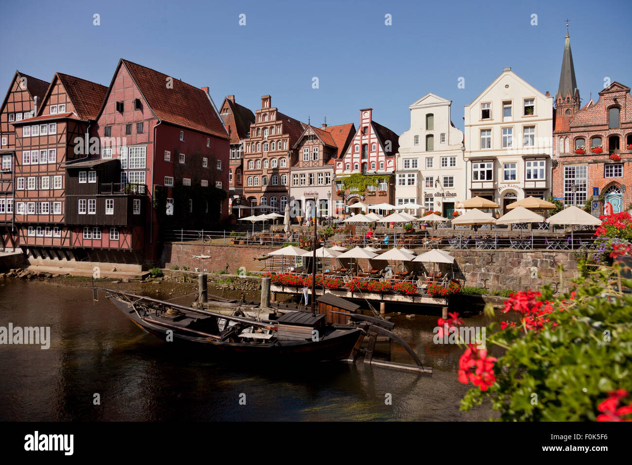 Stint Market and  Lüneburg Old Harbour, Hanseatic Town of Lüneburg, Lower Saxony, Germany - Stock Image