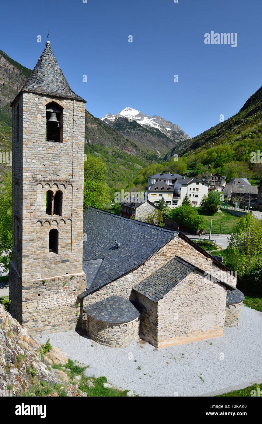 Catalan Romanesque church of the vall de Boi - Stock Image