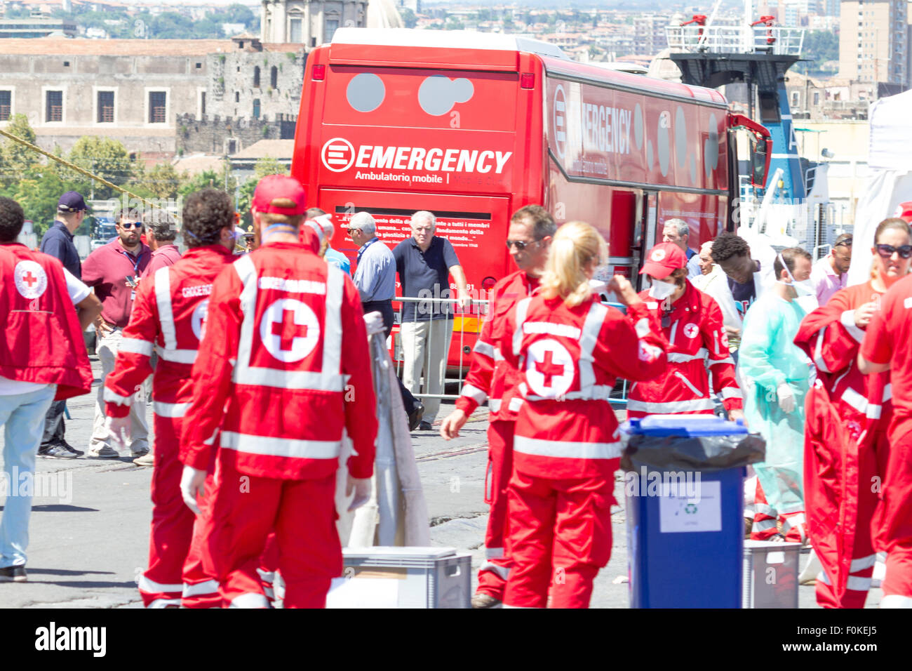 Catania, Italy. 17th August, 2015. Mobile clinic of emergency. Credit:  Simone Genovese/Alamy Live News - Stock Image