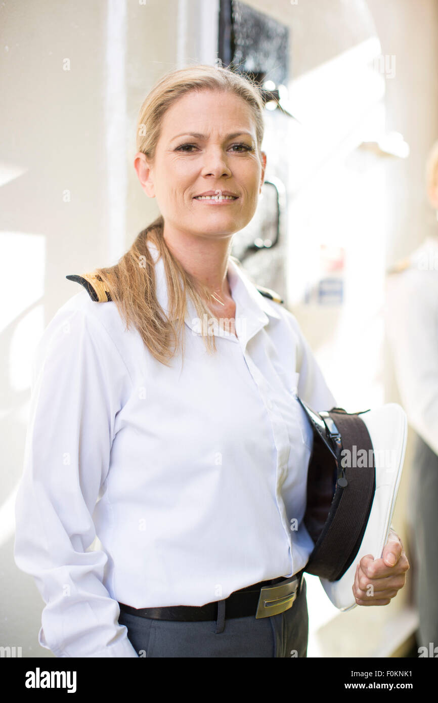 Deck Officer Stock Photos & Deck Officer Stock Images - Alamy
