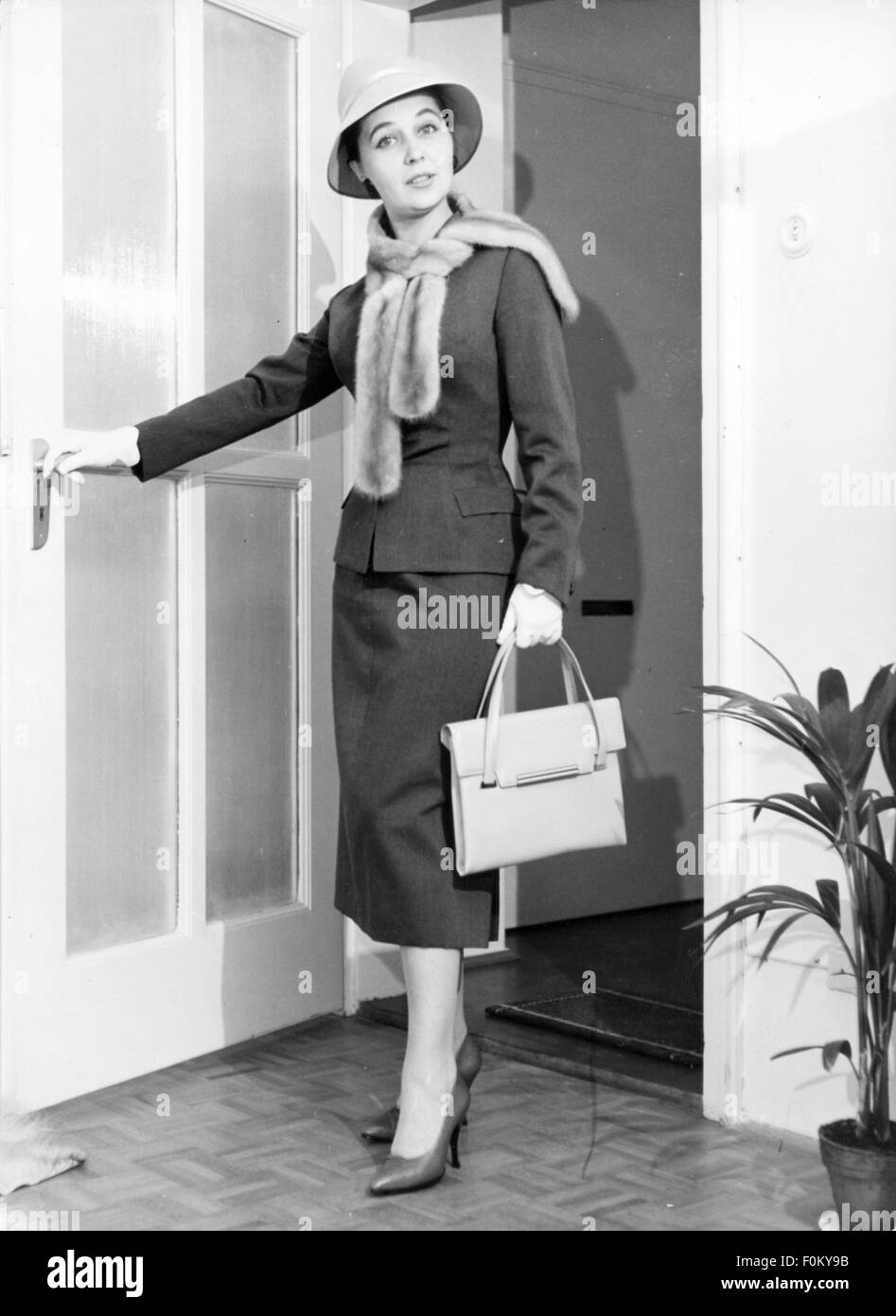 fashion, 1950s, Young woman in woman's suit by Barbara Benkö, 1957, Munich, 1957, 20th century, 50s, Germany, - Stock Image