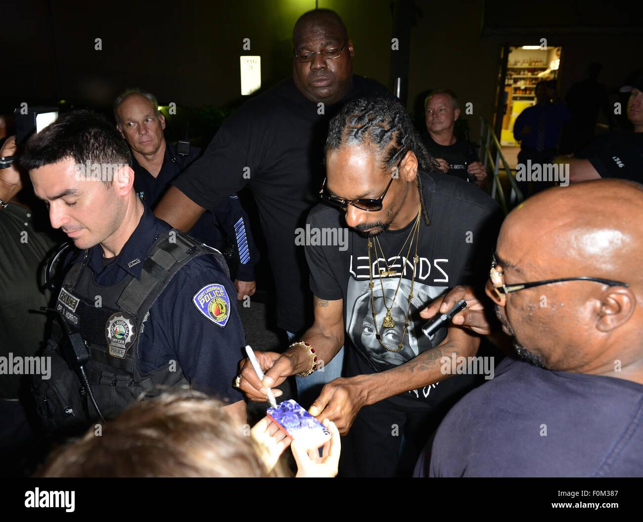 Snoop Dogg At Meet And Greet Stock Photos Snoop Dogg At Meet And