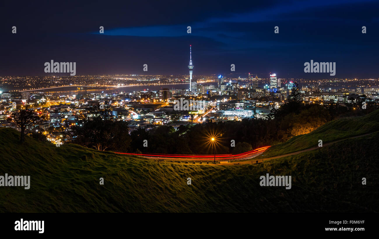 View of Auckland CBD at night from Mt Eden Summit. - Stock Image