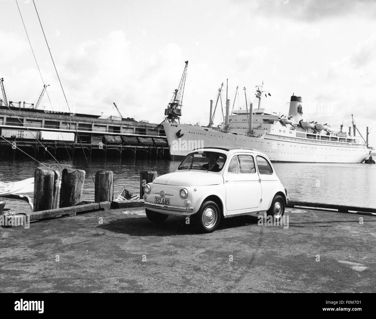 transport / transportation, car, vehicle variants, Fiat Nuova 500, in the harbour of Auckland, New Zealand, late - Stock Image