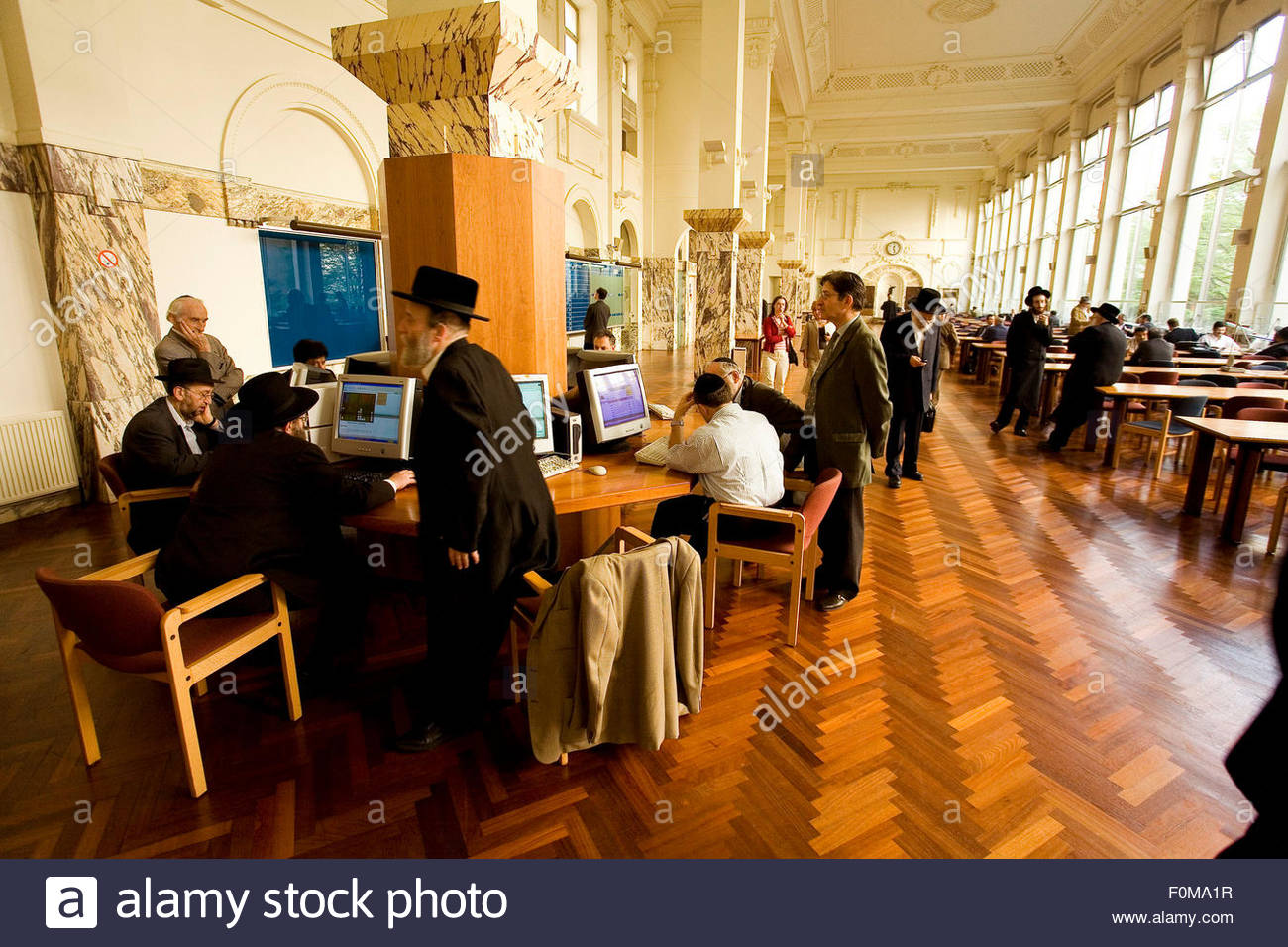 Transation hall, Diamant club Van Antwerpen, Antwerp is the most important center in the world for negociation of - Stock Image