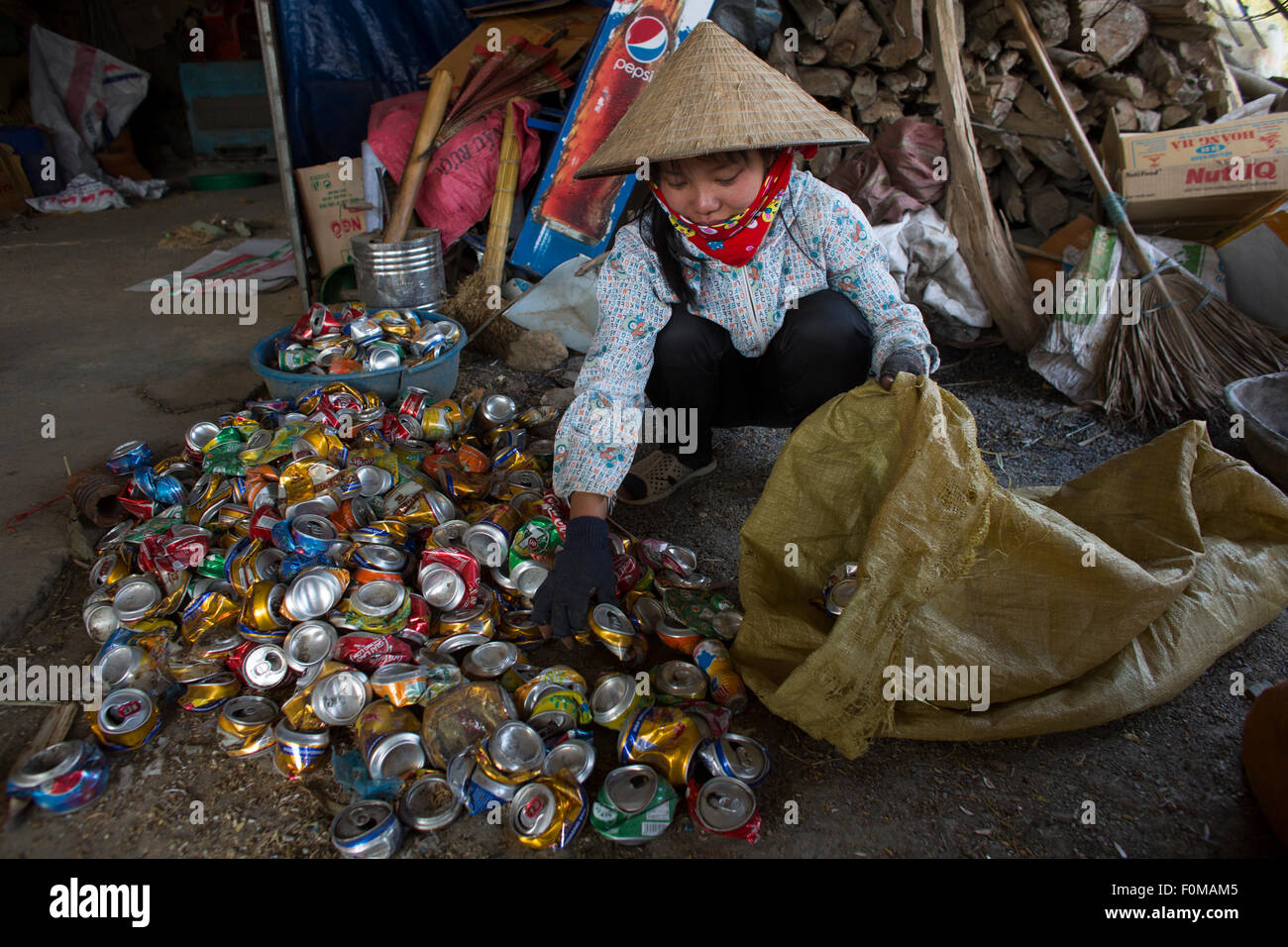 recycling of waste in Hanoi, Vietnam - Stock Image