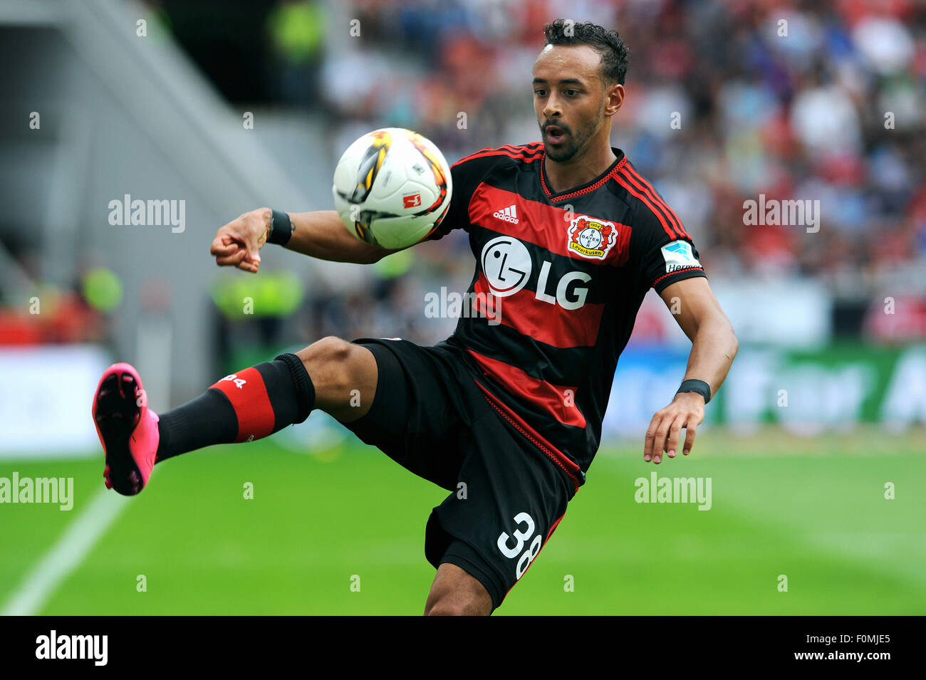 Football, Soccer, Germany, Bundesliga, Season 2015/2016, BayArena, Bayer Leverkusen vs 1899 Hoffenheim; Karim Bellarabi. - Stock Image