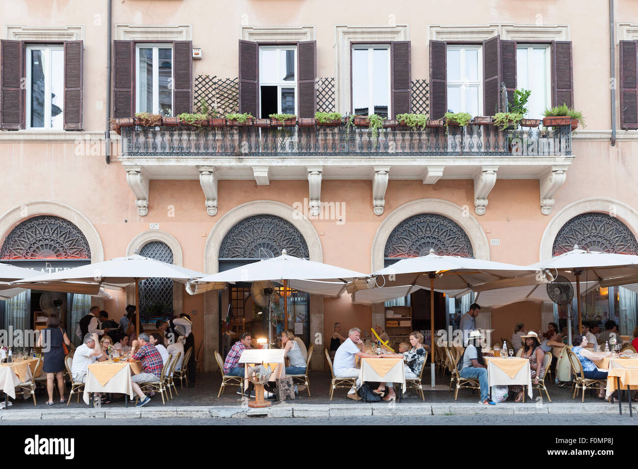 Diners at a restaurant in Piazza Navona, Rome, Italy - Stock Image
