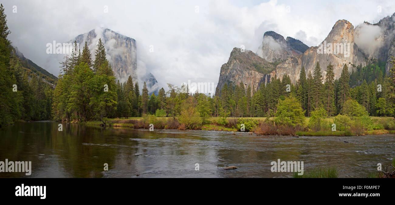 El Capitan and Cathedral Rocks, Yosemite National Park, California, USA - Stock Image