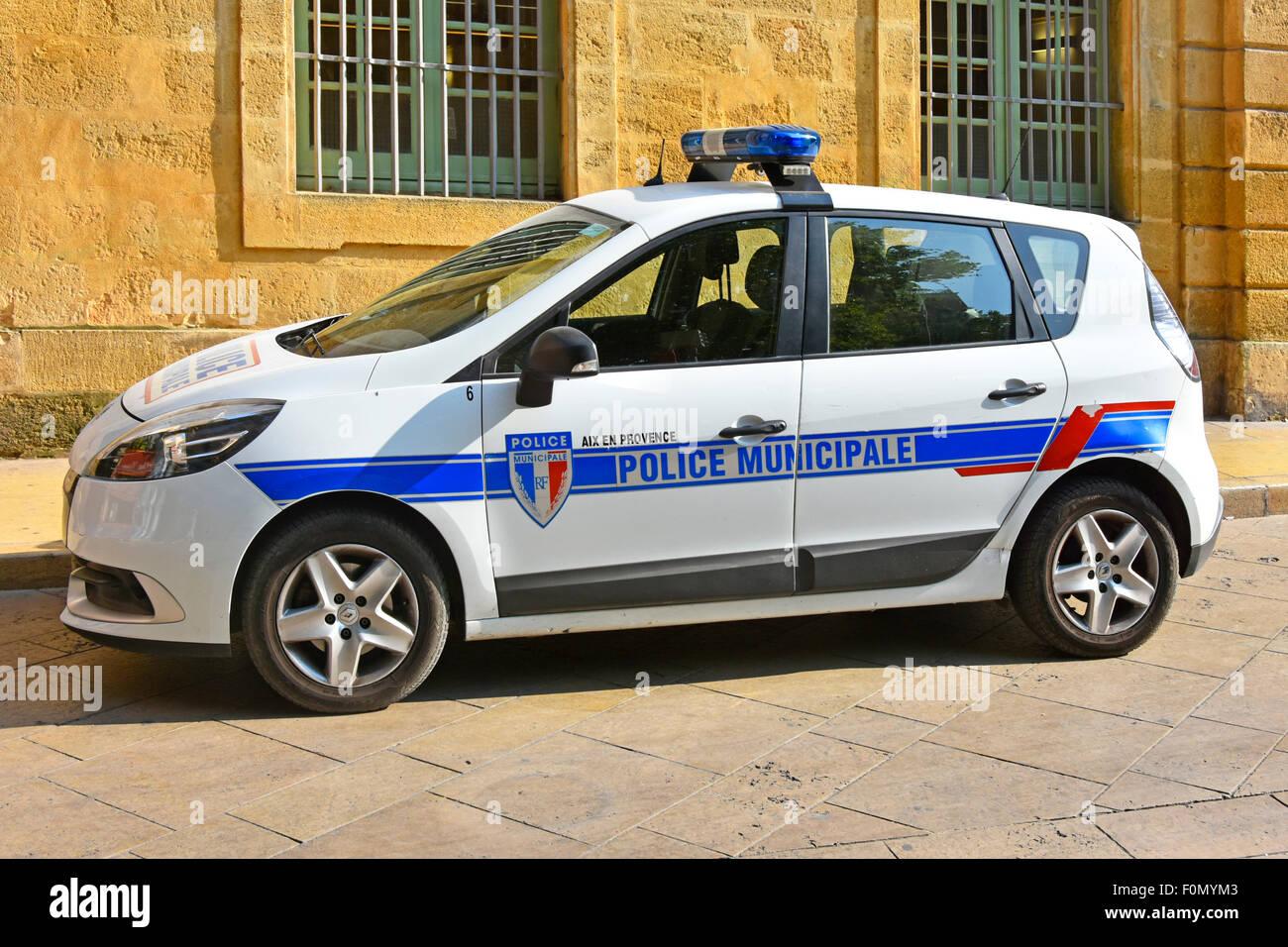French Police Car Parked In Place De L Hotel De Ville Aix En Stock