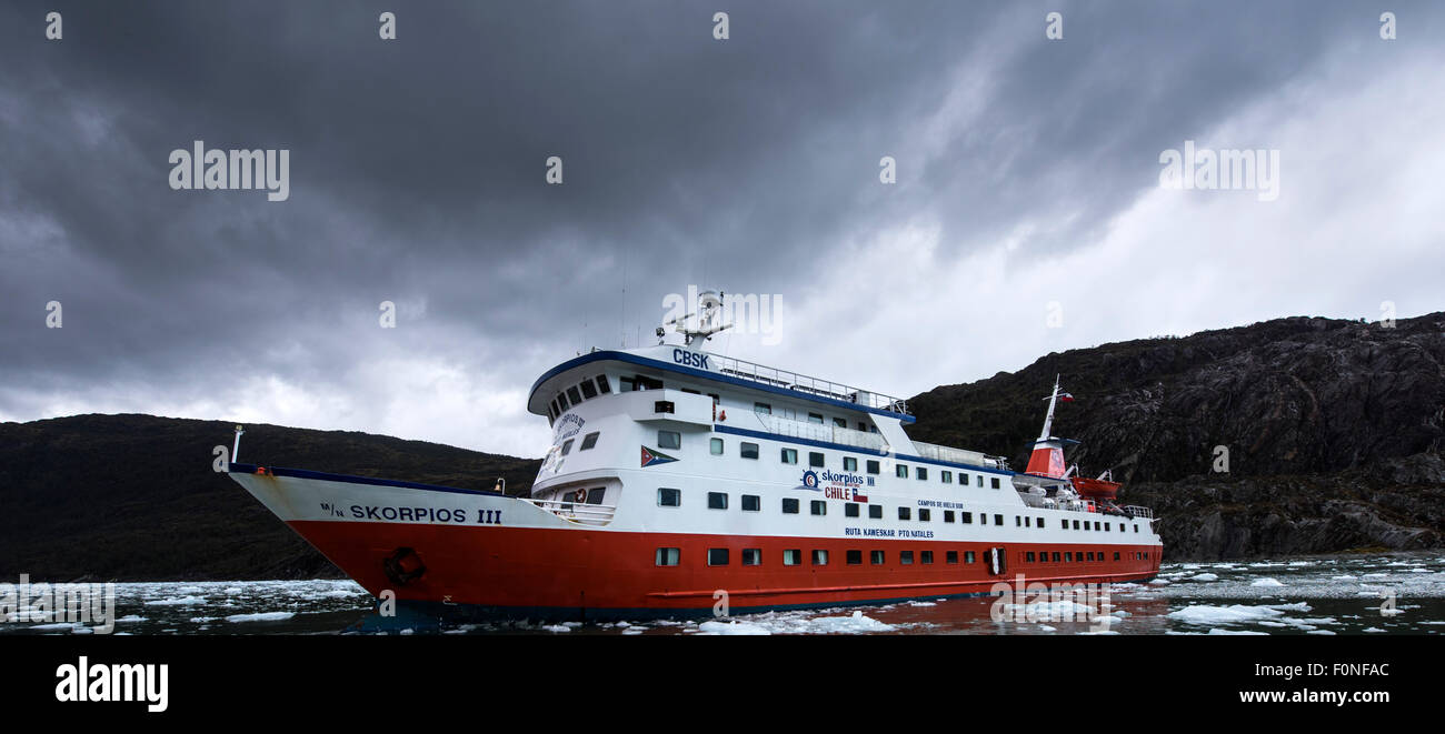 Expedition cruise at Brujo Glacier Asia Fjord Patagonia Chile - Stock Image