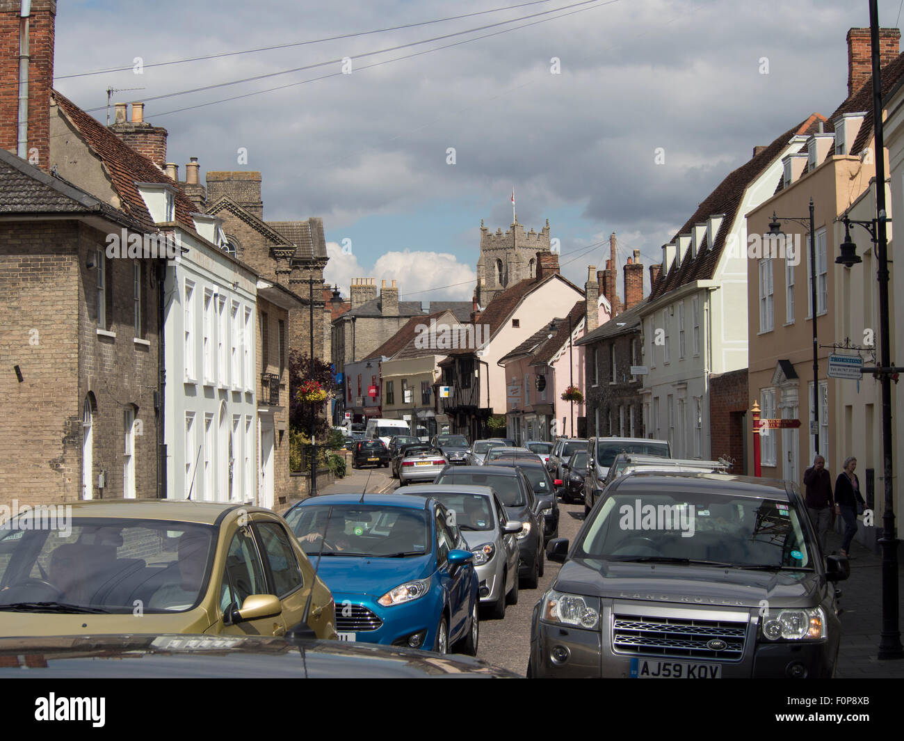 Urban crawl: traffic congestion on the streets of a market town in England - Stock Image
