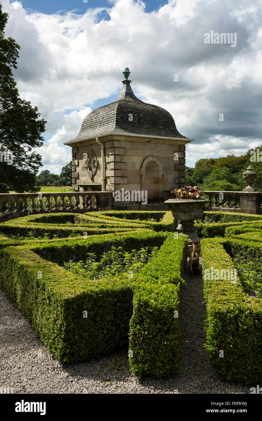The formal gardens and summer house  at Pollock house - Stock Image