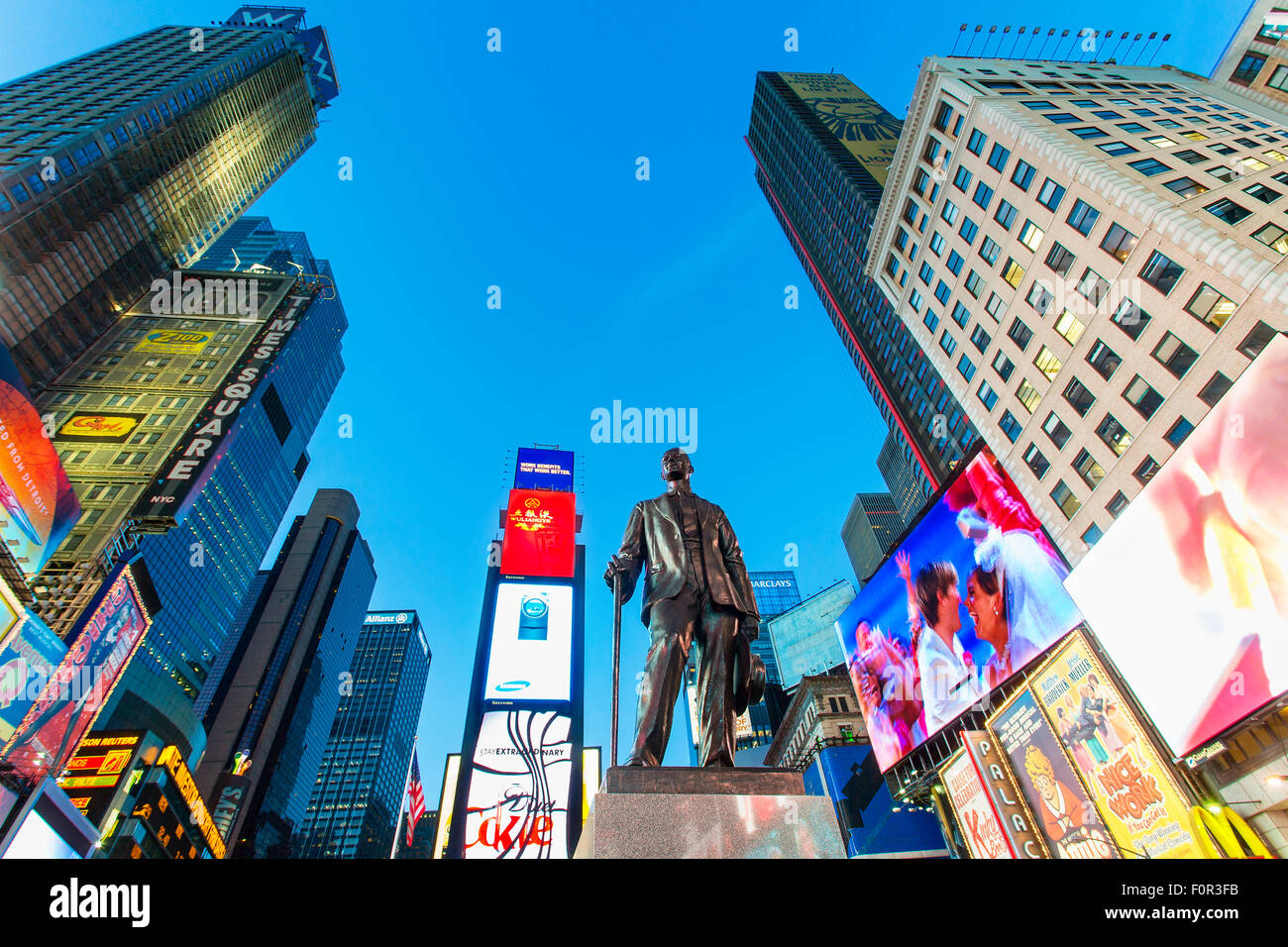 New York City, Statue of George M. Cohan at Times Square - Stock Image