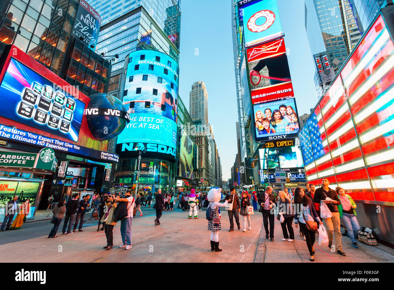 New York City Times Square By Night Stock Photo Alamy
