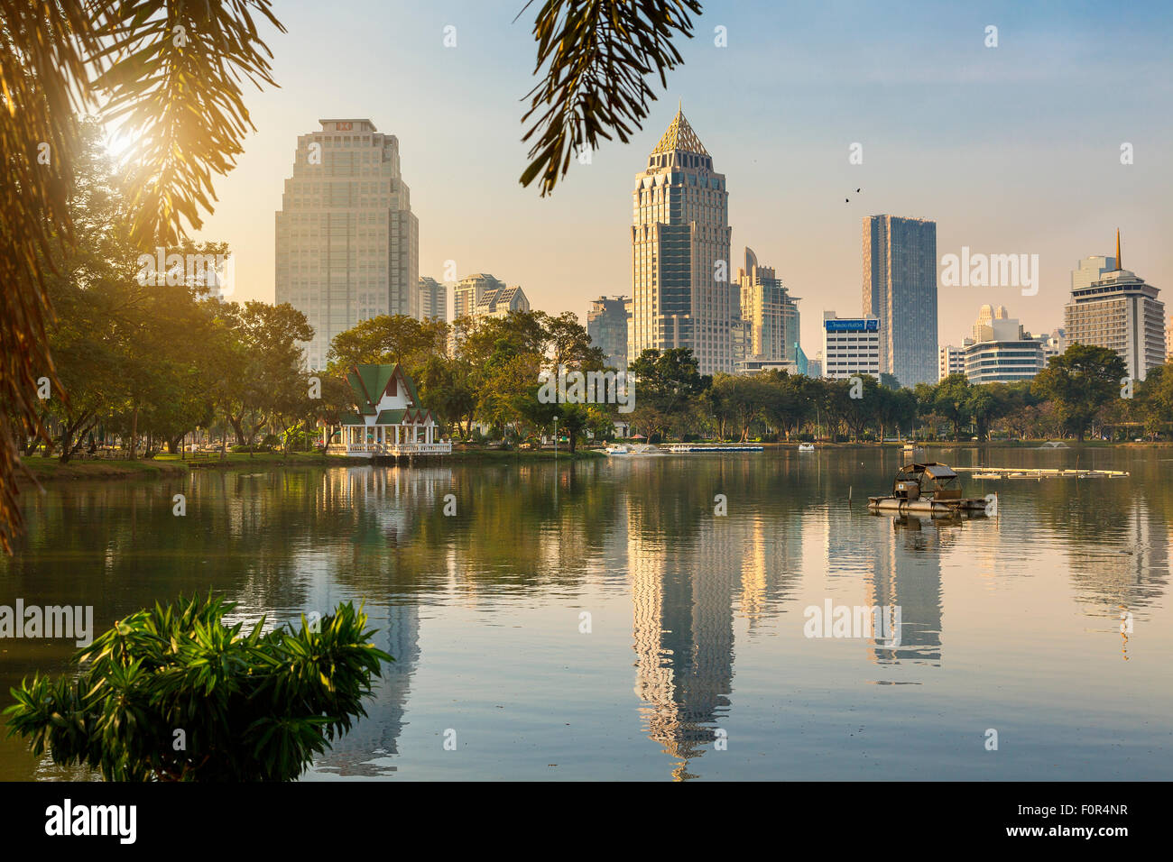 Thailand, Bangkok, sunrise on Lumpini Park - Stock Image